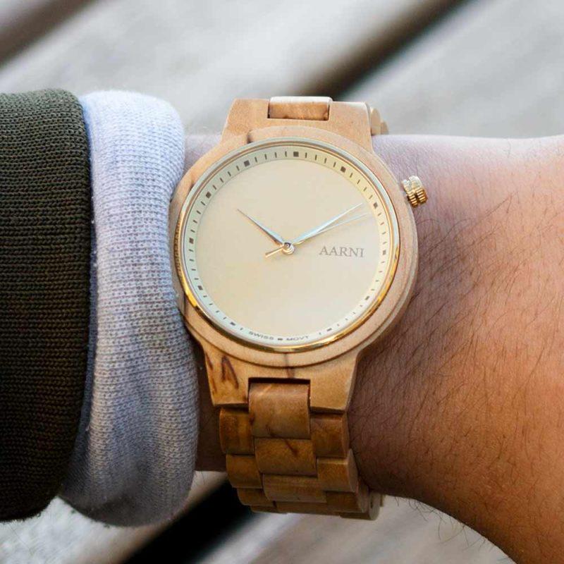 XO Curly Birch - Elegant Wood Watch by Aarni - Puinen kello aidosta visakoivusta