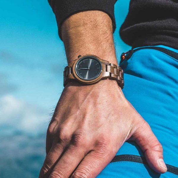 Wooden Watch - Träklocka - Puinen Rannekello - Aarni Vega