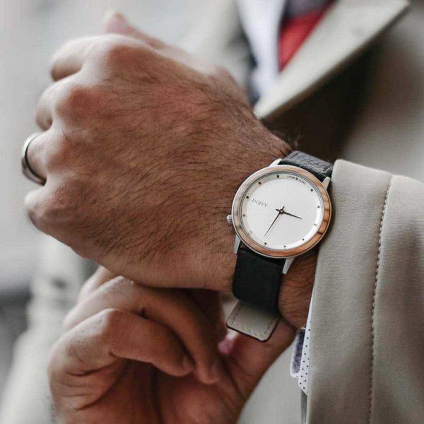 Aarni Loihi - Wooden Watch - Puinen Rannekello - Träklocka